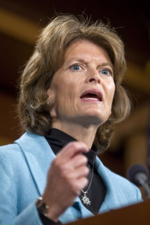 Miller won't fight seating of Murkowski