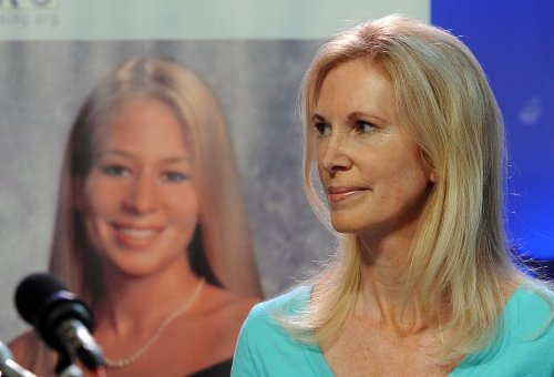 Natalee Holloway's father wants her declared dead
