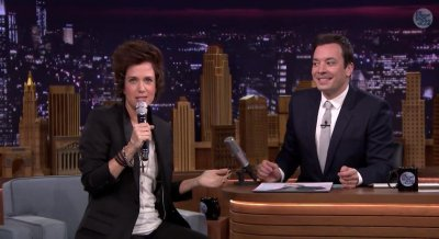 Watch Kristen Wiig try to impersonate Harry Styles on the 'Tonight Show'