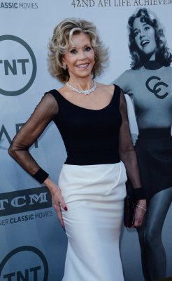 Jane Fonda receives AFI Life Achievement Award