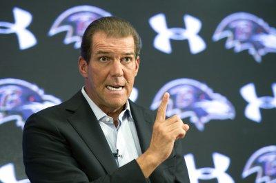 Baltimore Ravens owner denies pressuring Roger Goodell on Deflategate