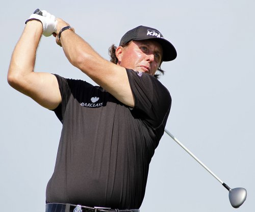Phil Mickelson, Bill Haas added to Presidents Cup team