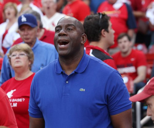 Magic Johnson no longer a VP for Los Angeles Lakers