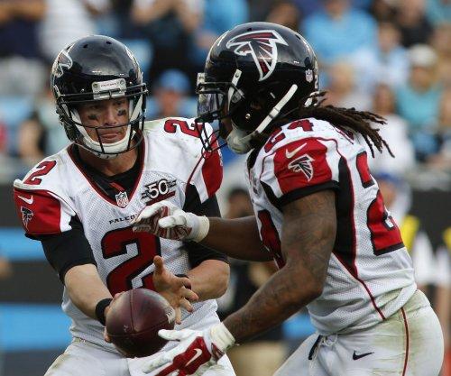 Matt Ryan, Devonta Freeman help Atlanta Falcons pound San Francisco 49ers