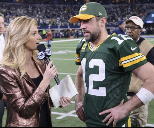 Aaron Rodgers again keeps Green Bay Packers ticking