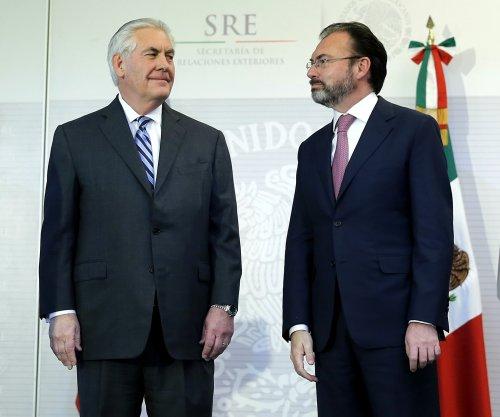 Mexico opens 'defender centers' in U.S. consulates