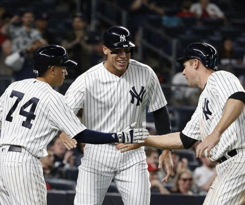Slumping Greg Bird lifts New York Yankees to seventh straight victory