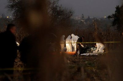 Mexico investigates chopper crash that killed politicians, 3 others
