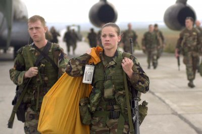 Commission: No conclusion about whether women should be drafted