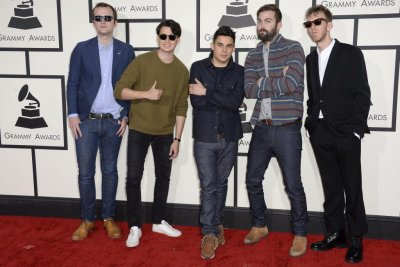 Vampire Weekend releases two songs, set spring date for new album