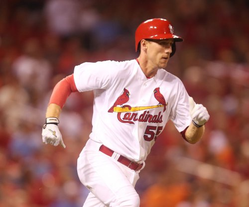 St. Louis Cardinals hold on to beat San Francisco Giants
