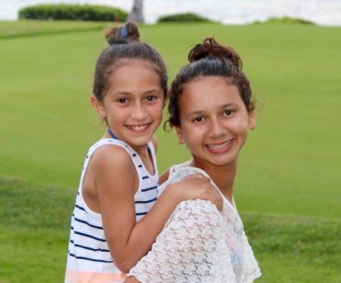 Jennifer Lopez and Alex Rodriguez's daughters bond in new photo