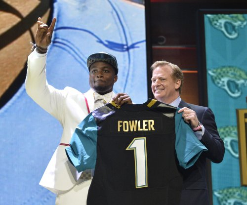 Jacksonville Jaguars DE Dante Fowler Jr. arrested on charges of battery, mischief