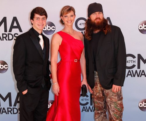 'Duck Dynasty' alum Jase Robertson shaves beard for charity