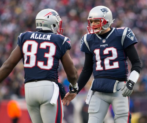 Sloppy New England Patriots get job done vs. Buffalo Bills