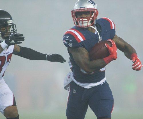 Reports: Patriots RB Rex Burkhead, Mike Gillislee out vs. Titans
