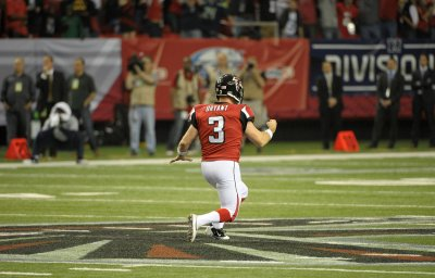 NFL: Atlanta 30, Seattle 28