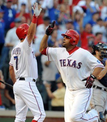 MLB: Texas 7, Detroit 3 (11 innings)