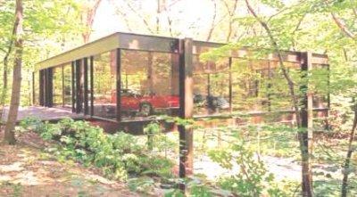 'Ferris Bueller' glass house sells for $1.06 million