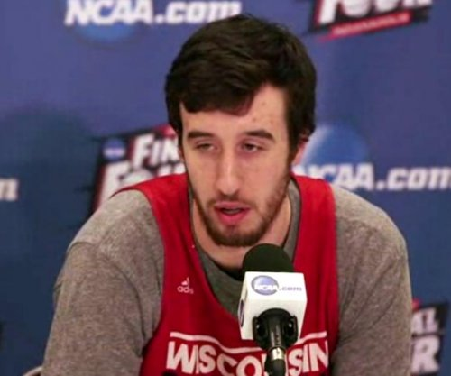 Wisconsin's Kaminsky wins Wooden Award, completes POY sweep