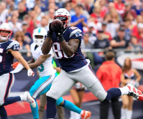 New England Patriots TE Martellus Bennett focused on field, not contract