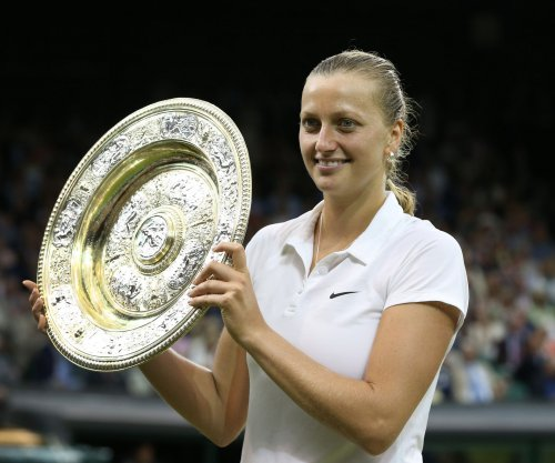 Czech Wimbledon champ Petra Kvitova severely injured by knife in home invasion