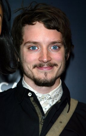 Elijah Wood to star in 'Wilfred' series