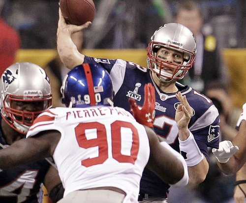 Giants' Jason Pierre-Paul: 'I know I am' getting to Tom Brady