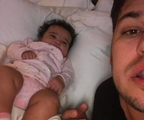 Rob Kardashian posts new photo with Dream: 'She makes me so happy'