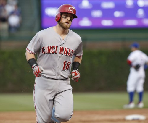 Cincinnati Reds, Tucker Barnhart agree to extension