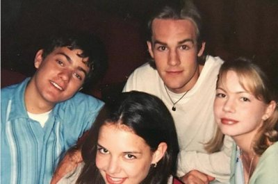 James Van Der Beek posts throwback 'Dawson's Creek' cast photo
