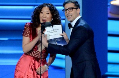 Sandra Oh, Andy Samberg to host the Golden Globe Awards