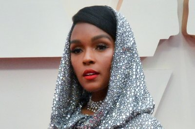 Janelle Monae honors Chadwick Boseman on 'Late Show'