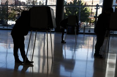 Arizona audit contractor refutes GOP claims that election data was erased