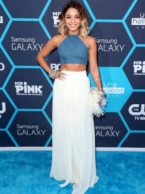 Vanessa Hudgens receives Young Hollywood trendsetter award