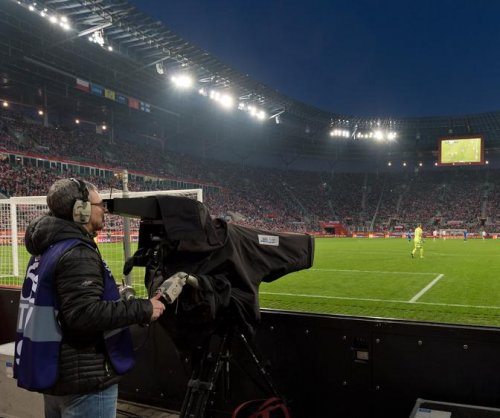 Computers eyeing the jobs of sports camera operators