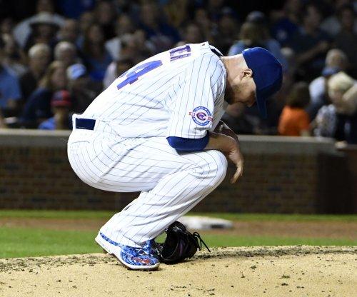 Jon Lester wins 18th as Chicago Cubs top Cincinnati Reds