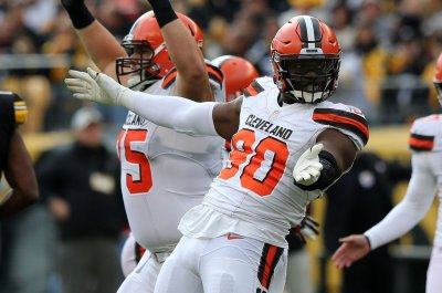 Cleveland Browns trade DE Emmanuel Ogbah to Kansas City Chiefs