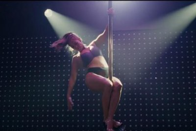 'Hustlers': Jennifer Lopez, Constance Wu play strippers in first trailer