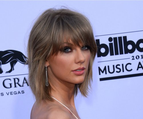 Taylor Swift announces '1989' will stream on Apple Music