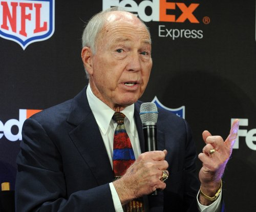 Bart Starr: Green Bay Packers legend was victim of hazing incident at Alabama