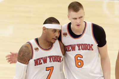 Carmelo Anthony, Kristaps Porzingis propel New York Knicks past Atlanta Hawks