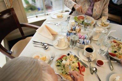 Mediterranean diet plus olive oil a boost to heart health?