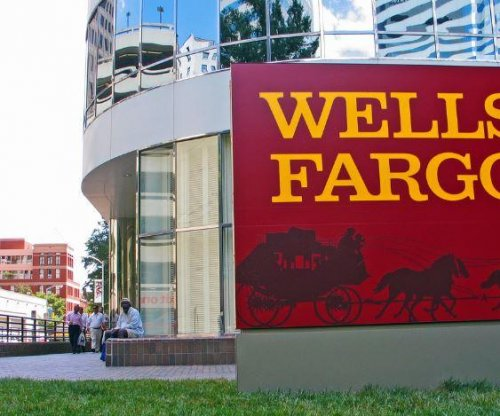 Wells Fargo did not correct insurance irregularities, federal regulator says