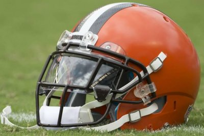 Reports: Browns release CB McCourty, nine others