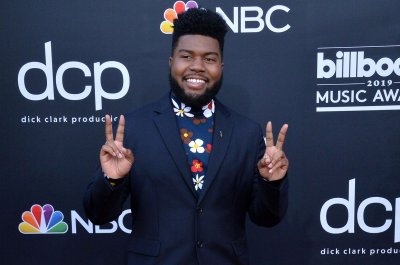 Khalid details meeting with his idol Dwayne Johnson: 'It was genuine'