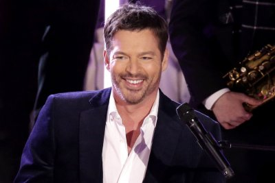 Harry Connick Jr. to host Grammy salute honoring essential workers