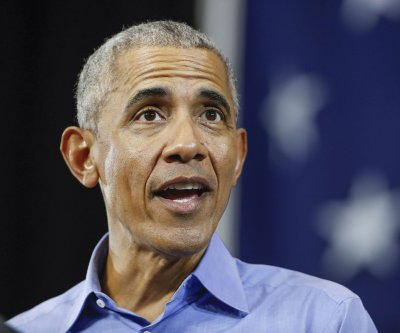 Barack Obama calls for local leaders to review police use-of-force policies