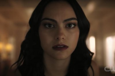 'Riverdale': Veronica learns about Archie, Betty's kiss in Season 5 trailer