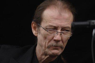 Bluegrass star Tony Rice dead at 69